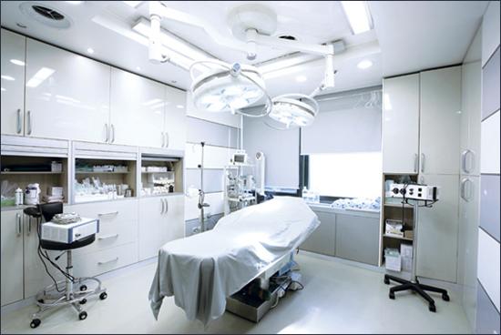 5 tiêu chí đánh giá phòng phẫu thuật thẩm mỹ an toàn 1