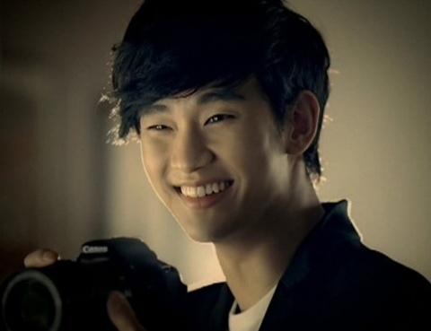 """Tạo má lúm đồng tiền đẹp """"đốn tim"""" như """"cụ giáo"""" Kim Soo Hyun 4"""