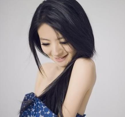 Mỹ nữ má lúm đồng tiền nào duyên dáng nhất Trung Quốc? 3