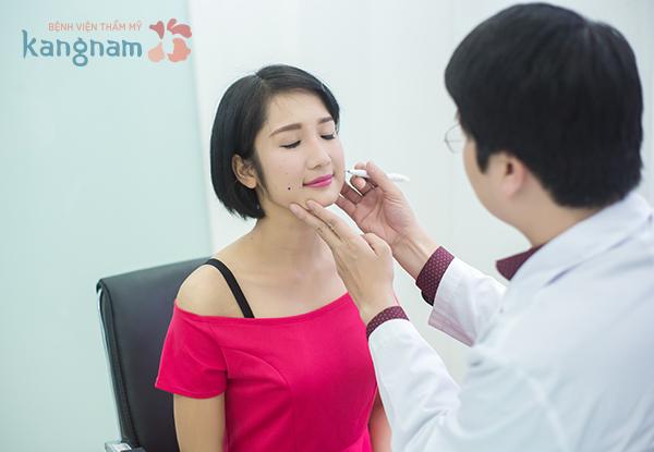 Tạo má lúm đồng tiền có nguy hiểm đến cơ miệng không